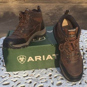 NWT - Ariat - Men's Terrain Boots - Size: 13 Med.